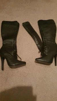 Womans size 7 leather boots Calgary, T3E 6T5