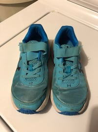 Kid's Tennis Shoes (Used) Size 2Y