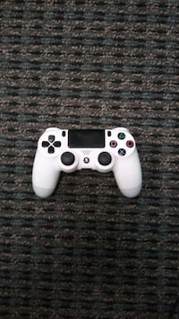 Used Sony Dualshock 4 wireless bluetooth controlle Vista, 92081