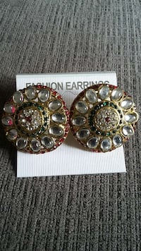 gold glass beaded round accessories set