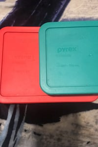 Pyrex 3 cup & 6 cup containers with tops / brand new Pearl, 39208