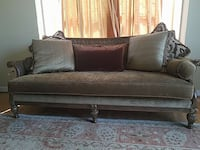 brown padded futon Centreville, 20121