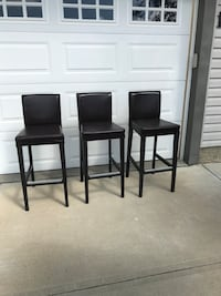Pick up mornville...3 brown bar stools Morinville, T8R 1W3