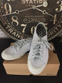 NIB Tretorn Tournament Women's 8.5