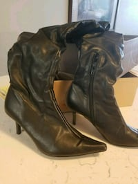 black leather side-zip heeled wide-calf boots Toronto, M4A 2S3