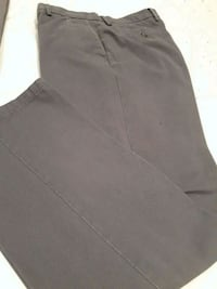 Flat front grey men's pants size 33 Toronto, M6A 2T1