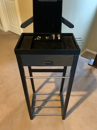 Clothing/Jewelry Valet Chestermere, T1X 0P8