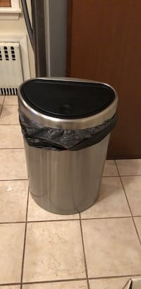 deluxe stainless steel garbage can Garden City, 11530
