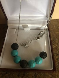 silver and teal beaded necklace Barrie, L4N 6J5