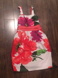 Girls size 8 adorable dress. Worn once for a bday. Pu Dieppe.  Dieppe, E1A 6V5