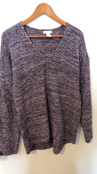 Hi low V-neck sweater Toronto, M1C 2G2