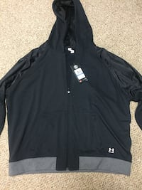 Black and gray under armour full zip hoodie size xl Waterloo, N2V