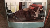 King size Comforter set with pillows! Stafford, 22554
