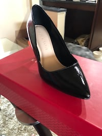 pair of black leather pointed-toe pumps Surrey, V3V 2L5