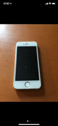 iPhone 5s plateado con estuche Pineda de Mar, 08397