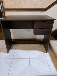 Desk with 2 drawers Whitchurch-Stouffville