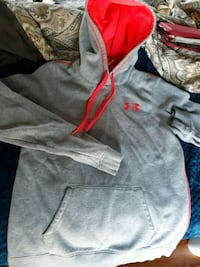 womens medium underarmour hoodie Grand Junction, 81503