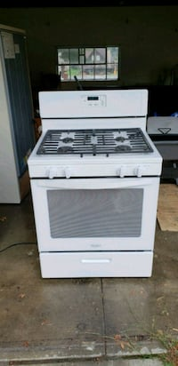 white and black gas range oven Oshkosh, 54902