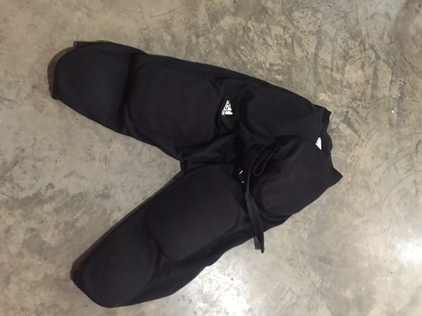 Nike Integral Padded Football Pants - Size Large f6accbf0-50a9-40e2-9195-3a6fe2c3c2cd
