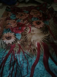 red beige and pink floral area rug Mumbai