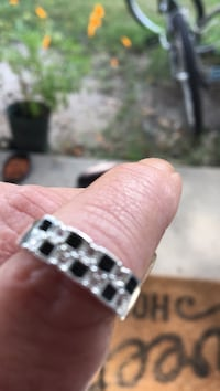 Size 7 silver Cz chips ring black and clear
