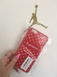 Supreme iPhone case  Richmond Hill, L4C 5C2