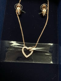 Swarovski jewelry  earrings and necklace set Delta, V4C 3H2