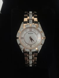 Rose gold BULOVA watch. Crystals, mother of pearl  Ottawa, K1T