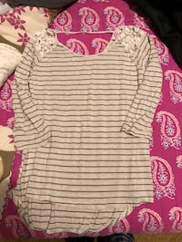 gray and black striped scoop-neck shirt Morristown, 37814