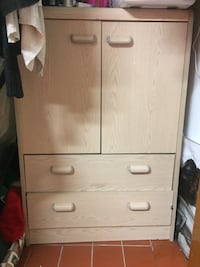 Wardrobe with two night stands Stirling-Rawdon, K0K