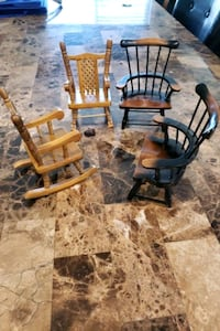 Miniature chairs / rocking chair