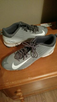 Lightly Used Nike Vapor Baseball Cleats