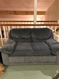 Couch and Loveseat Set Snohomish, 98290