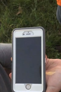silver iPhone 6 with box Berryville, 22611