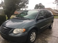 Chrysler - Town and Country - 2006 Jacksonville, 32221
