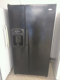 Black side-by-side refrigerator Canton, 44705