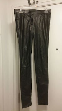 Wilfred pleather pants - 4 Toronto, M8Y 3H8