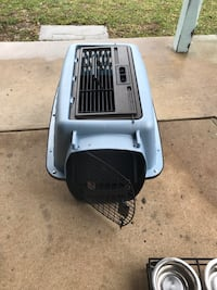 small  dog crate Leesburg, 20175