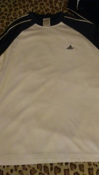 Brand new mens lrg Adidas long sleeve $35