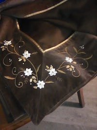 100% cotton  and velvet table cloth