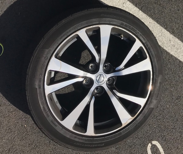 "4x Continental Procontact Tires  [TL_HIDDEN] "" thread) w/ Stock 18"" Nissan rims w/ TPMS"