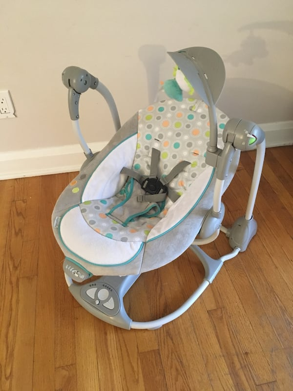 Ingenuity Baby Swing/Glider d6a637bb-7791-4d2a-a190-dcb3956c7a03