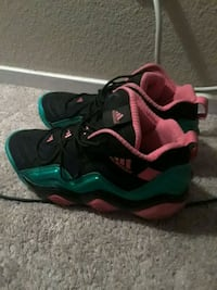 Pink black and green adidas sz 11 1/2 Las Vegas, 89156