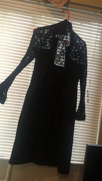black lace long-sleeved long dress Vancouver, 98665