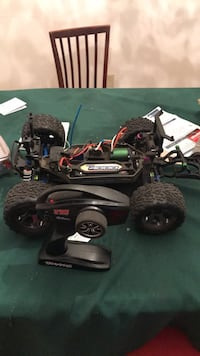black and red RC car toy Sundridge, P0A