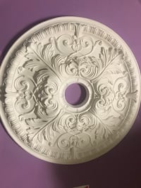 Ceiling medallion 21 inches Los Angeles, 91042
