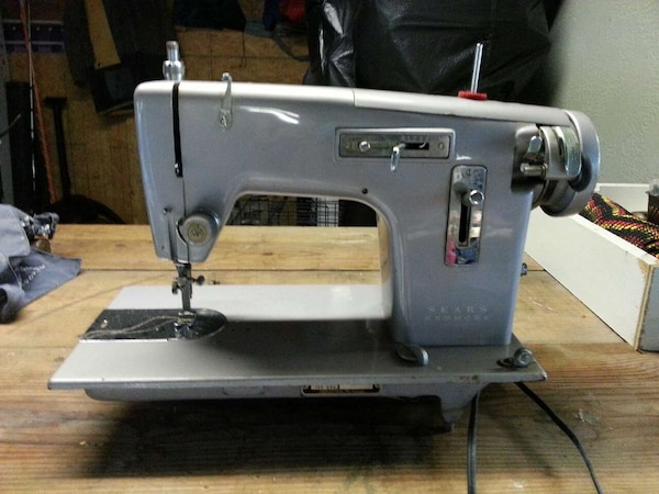 Used Heavy Duty Sewing Machine For Sale In Ponte Vedra Beach Letgo Stunning Heavy Duty Sewing Machine For Sale