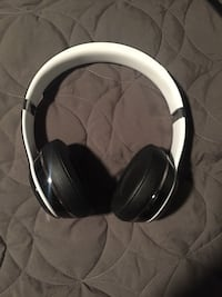 Beats Solo 2 Luxe Edition  Mississauga, L5L 2G4