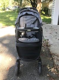 Graco Click Connect Travel sysytem - stroller, car seat and base. Good condition. 54 mi