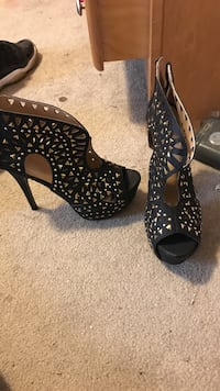 black and silver studded open toe ankle strap platform pumps Owings Mills, 21117